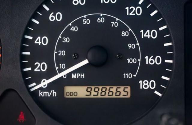 на колко километра е автомобила